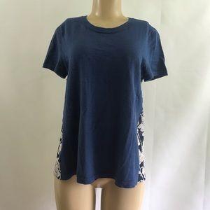 LOFT 🍷Beautiful chic Stylish fun on the go blouse